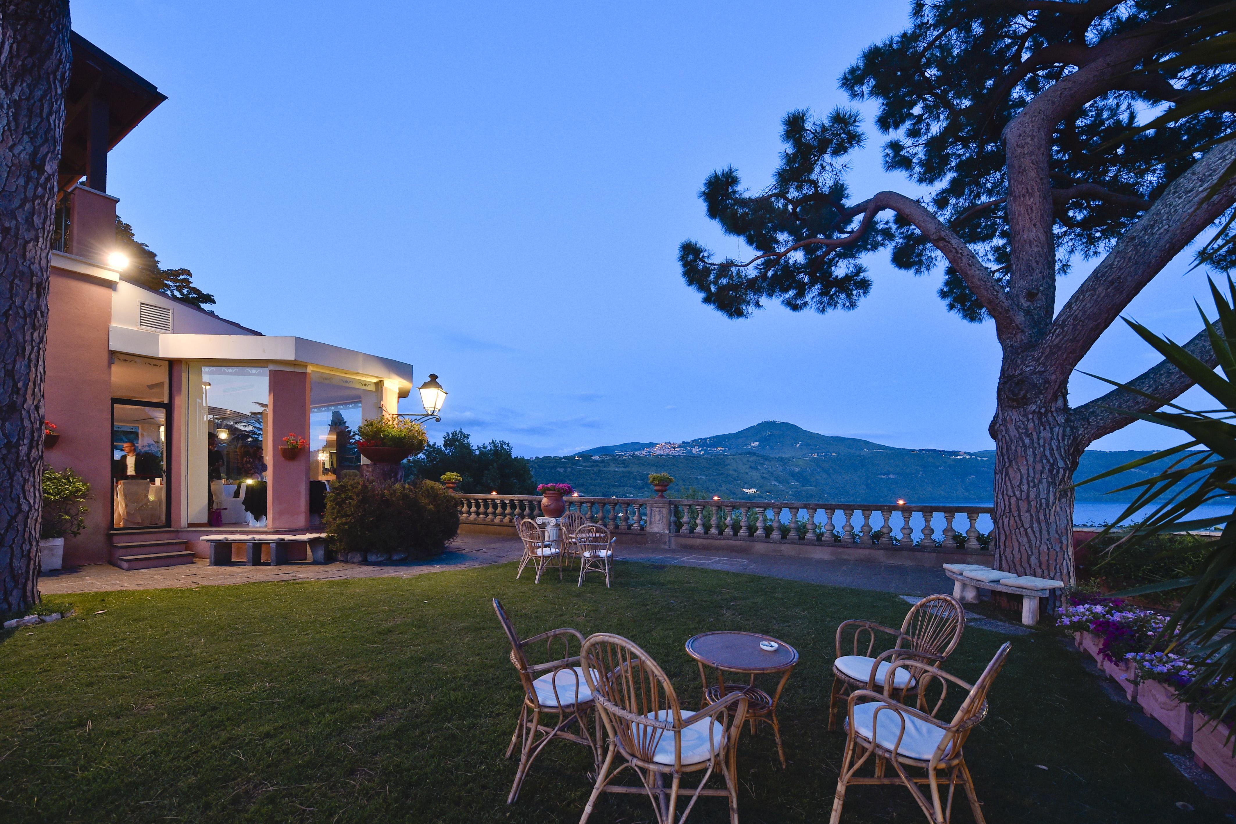Matrimonio Castelli Romani : Villa elvira vaselli ricevimenti la location per eventi